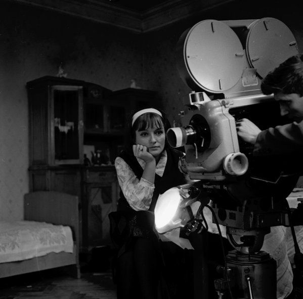 Larisa Shepitko directing her overwhelming, wintry masterwork THE ASCENT (1977).