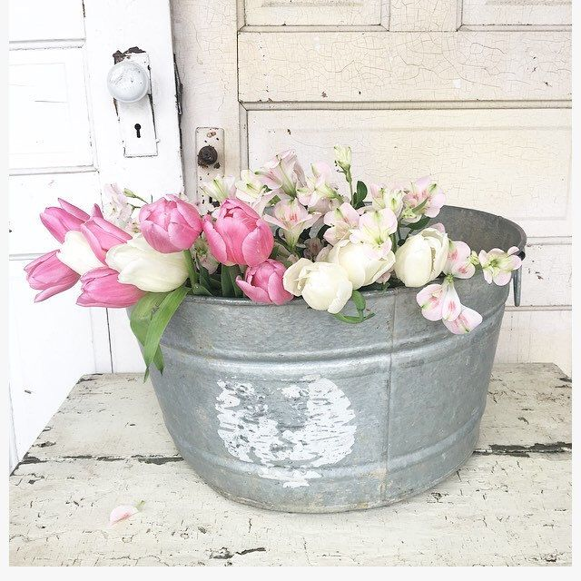 Galvanized metal tub perfect for spring!
