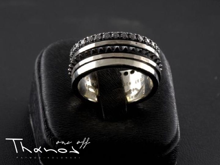 If you are looking for a jewel to complement an absolutely modern outfit, a K.AND collection handmade ring is what you need!  #Thanos #ThanosOneOff #BeOneOfAKind #ring #HandmadeRing #handmade #KandCollection #silver #silver925 #zircon #modern #jewel #jewelry #jewellery #FreeShipping