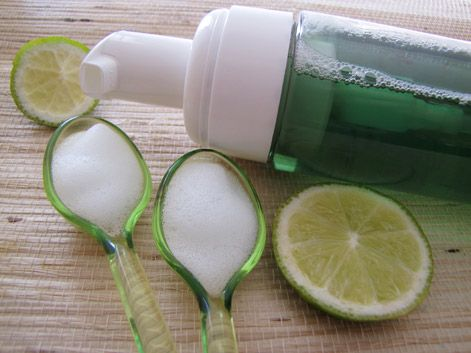 Mousse nettoyante purifiante visage Mangue & Citron vert