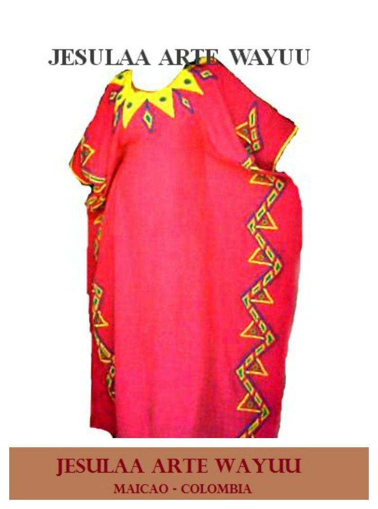Manta wayuu o Wayuushein elaborada en lino, bordada a mano técnica asonush.