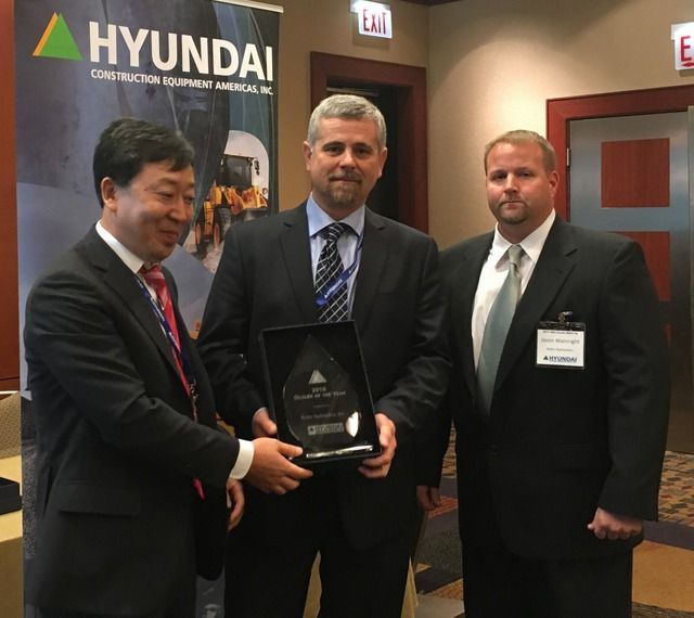 Hyundai Construction Equipment Americas Names Seven Top Dealers for 2016 #construction #compact