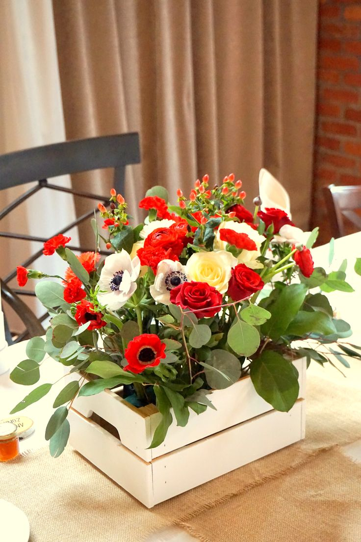 #decoration #wedding #flowers #rustic #bouquet  #red