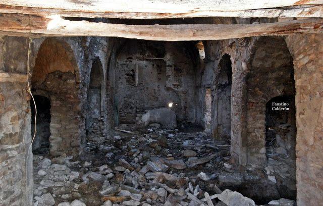Pueblos deshabitados: La Bastida de Bellera #pallarsjussa #despoblats #pueblosabandonados #vallfosca Interior Església parroquial amb 7 capelles laterals