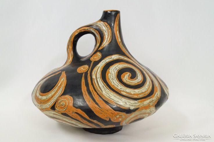 Nagyon ritka Gorka Lívia váza