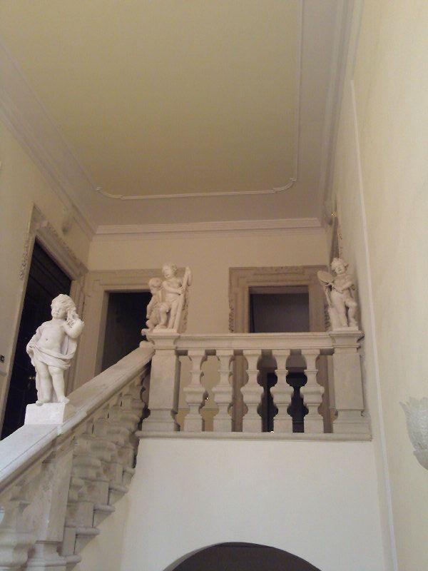 Restauro scala in villa d'epoca, Vicenza