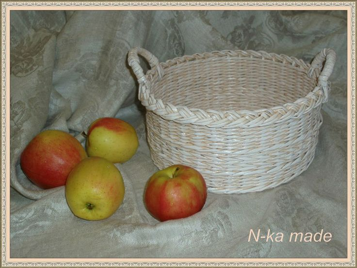 Нежная корзина для мандаринов 25*12 см (дома, правда, только яблоки позировать согласились. Сделано на заказ в пару к похожей корзинке)