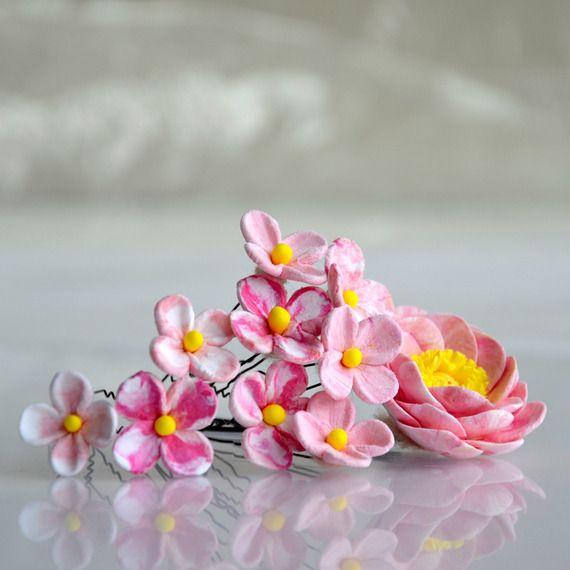 Pivoine pour cheveux - des fleurettes sur épingles N°5