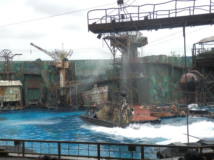 Water world show at Universal Studios in Singapore