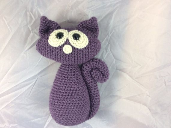 Crochet Kitty Cat tutorial with photos Cat Pattern by Teddywings/ adorable! I know someone who would go head-over-heels over this little fellow/ CROCHET pattern