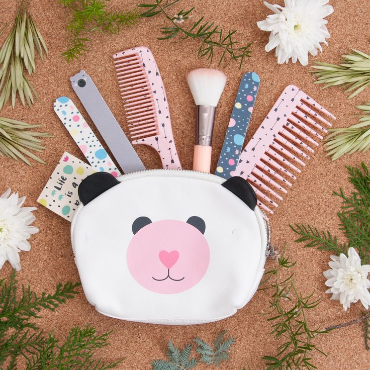 CUTE BEAR! ❤️❤️❤️ Amamos nuestro Beauty Kit! #Beauty #Todomoda