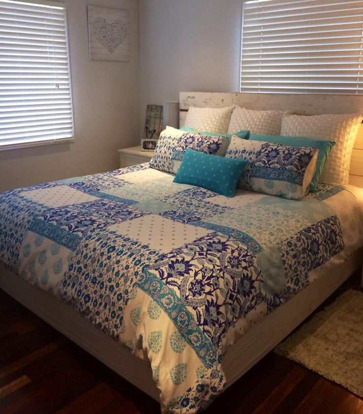 Released today and already on the bed of manager Mandy Hudson - Lorraine Lea Linen Independent Consultant is Epsom   Mandy has allowed us all to share this fab new release in her bedroom. One of the perks of management are that mangers get the new releases a week before they are released to the public