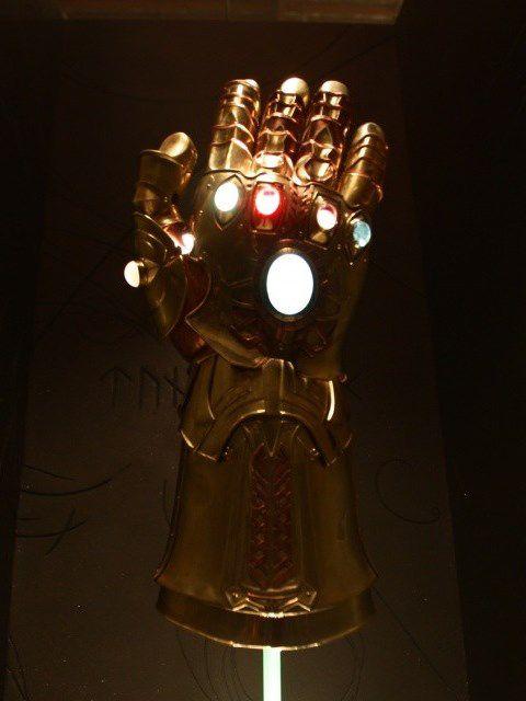 Savez-vous si le gant de Thanos au 1/6 existe ? J'ai cherché, mais pas trouver.... Merci pour vos liens : en MP