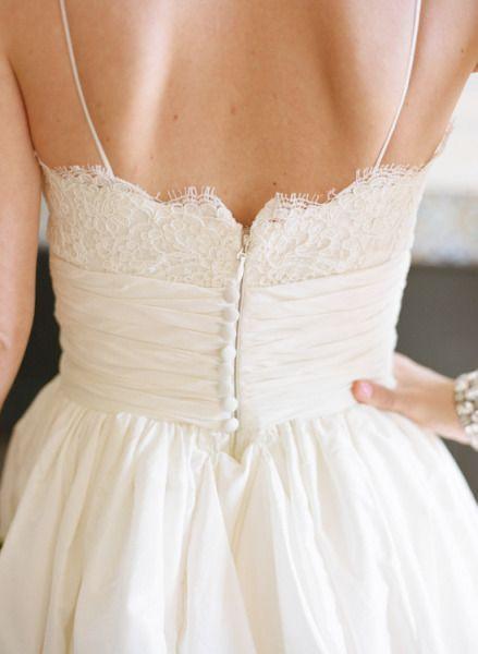 Enkel A-linje Spaghetti Straps Bröllopsklänning, Informell Blond Brudklänning av Sancta Sophia