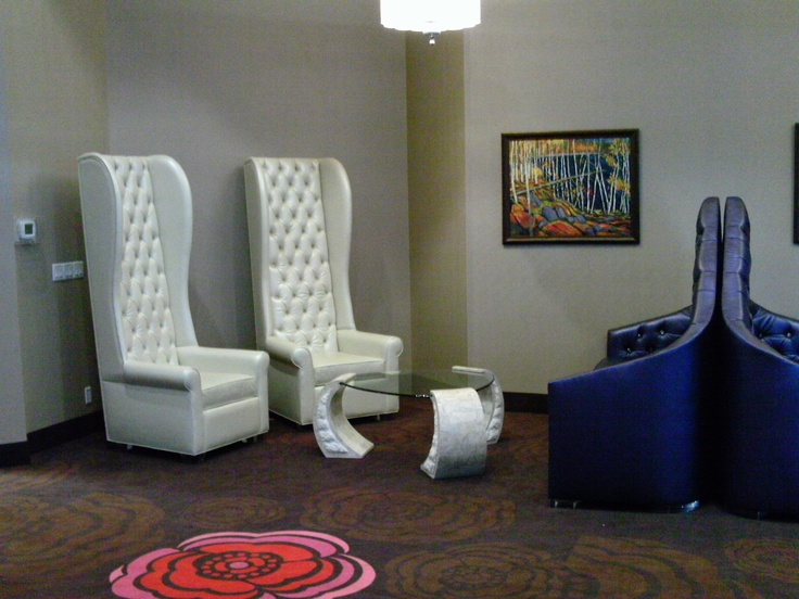 Need a place to relax or meet a friend? Have a seat in our over-sized chairs and sofa in the indoor plaza.     It's also a great place to access our complimentary WiFi.