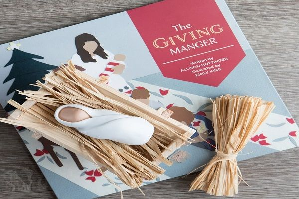 Teach The Spirit Of Giving To Your Children With 'The Giving Manger' #MMMGiftGuide