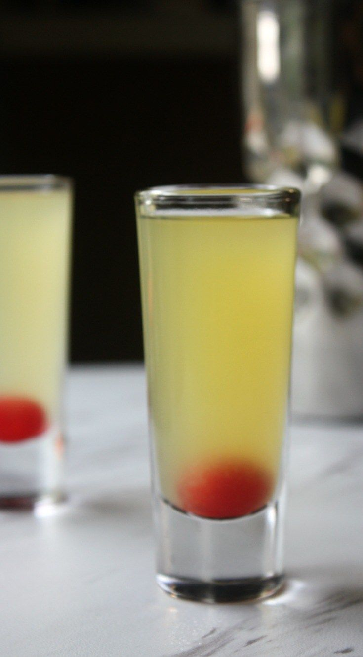 Pineapple Upside Down Cake Shot | This  is a simple shot that is perfect for birthdays and other celebrations that call for cake. @daily_appetite