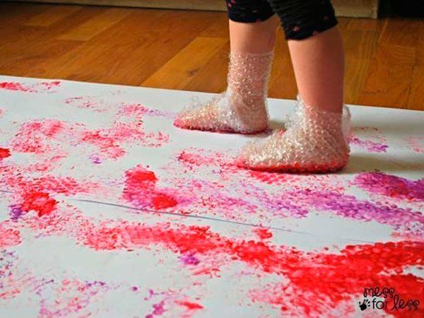 Papel de bolas y pintura