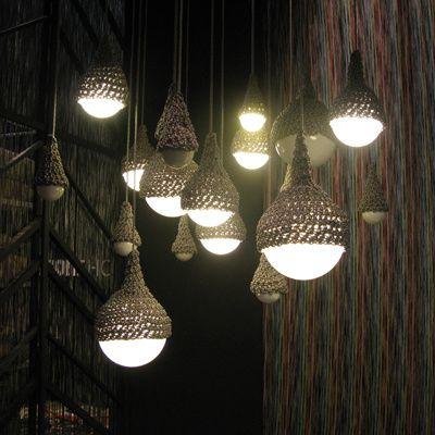 missoni-crocheted-lamp_400