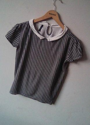 Kup mój przedmiot na #vintedpl http://www.vinted.pl/damska-odziez/bluzki-z-krotkimi-rekawami/16550802-czarna-koszulka-w-kratke-z-kolnierzykiem-marki-sinsay