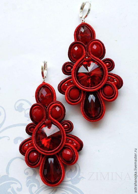 Купить Серьги Алые - ярко-красный, сутажные украшения, сутажные серьги, риволи, сутаж