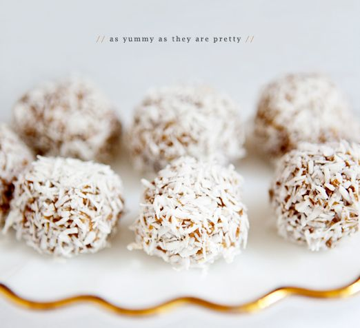 date balls: easy, cheap and delicious (that's what she said!)