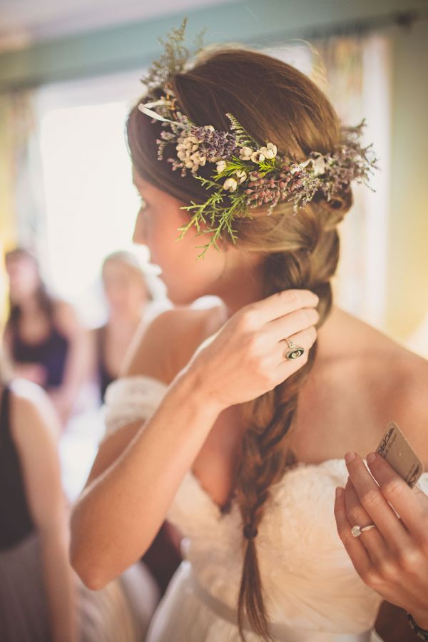 Rustic floral crown | Photo by Billie Jo and Jeremy Photography