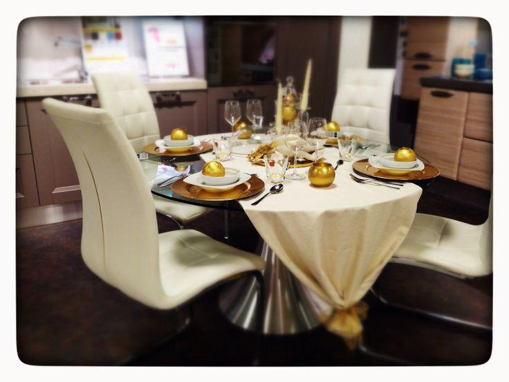 Gold table decor for Mercatone Uno Padova  Ξ dizainə*aRch*dCor Ξ ...