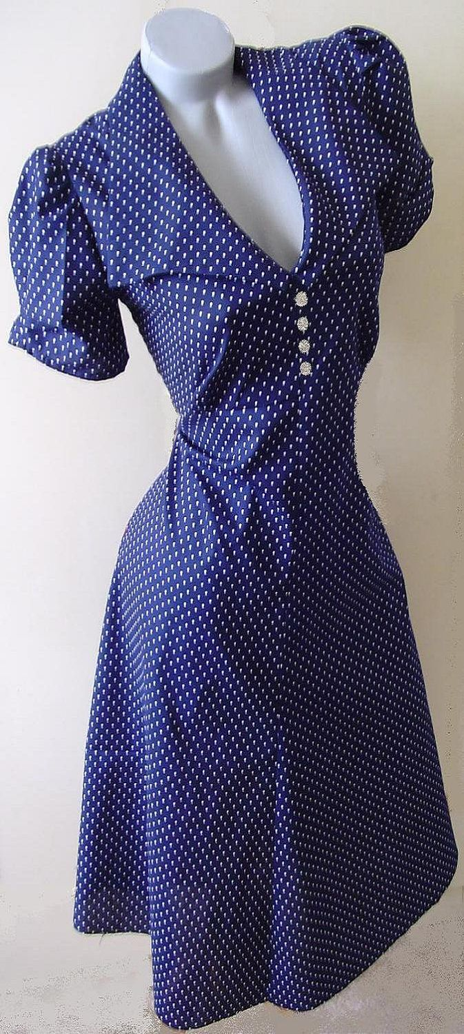 1940s style dress in pindot cotton fabric. Wouldn't wear it that low, but love it otherwise!