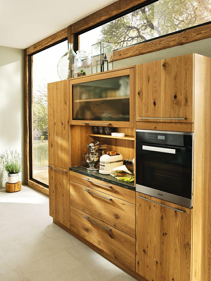 кухонный шкаф team7 - продуманное внутреннее освещение и розетки, много места для хранения