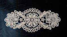 Tapetito de ganchillo encaje rumano de punto estilo Crochet