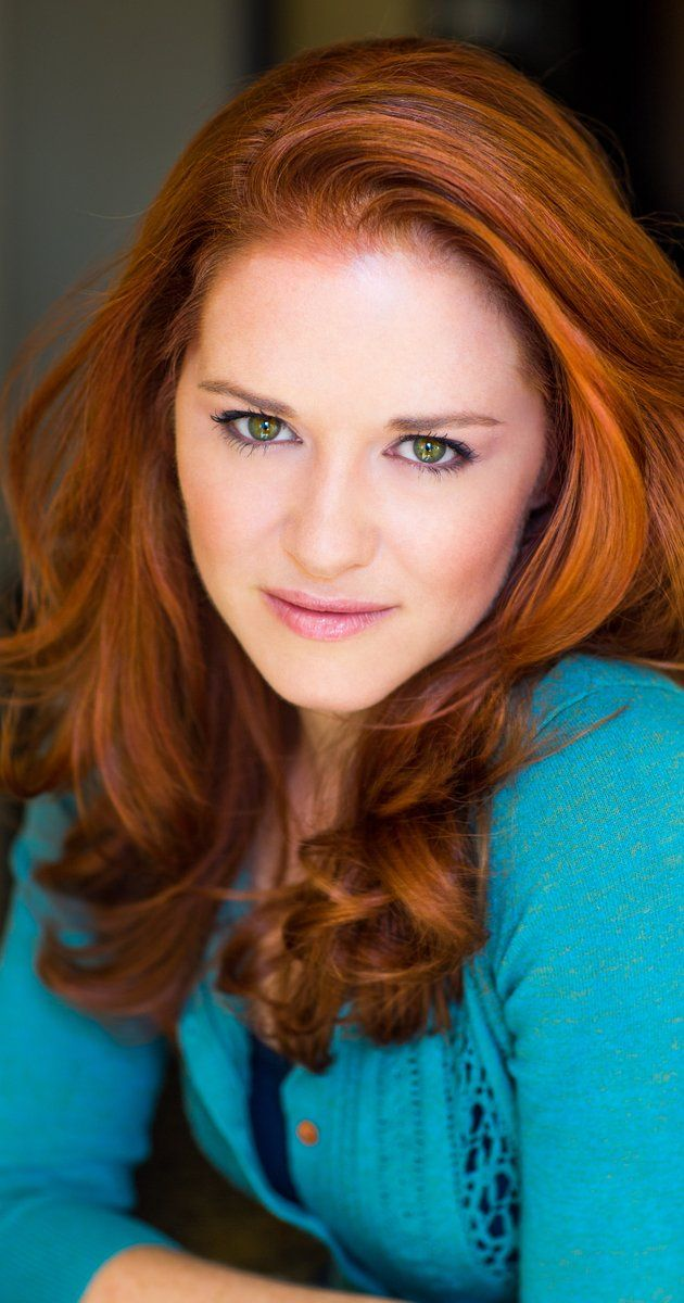Pictures & Photos of Sarah Drew - IMDb
