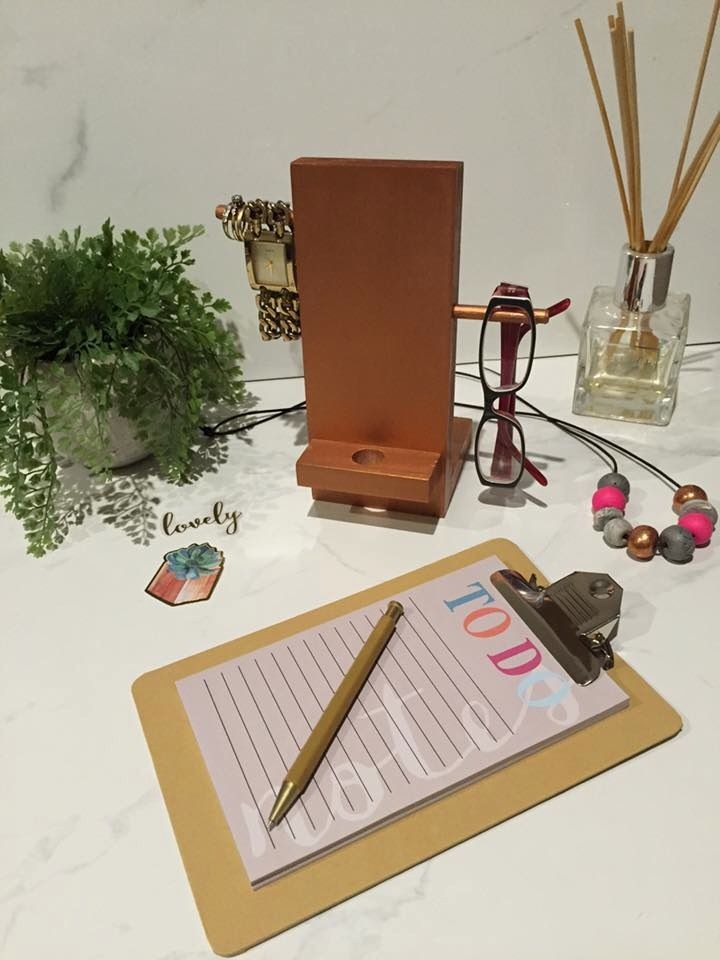 Image of Ladies Copper Accessory Stand