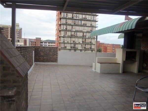 4 bedroom apartment in Sunnyside, Sunnyside, Property in Sunnyside - S885883