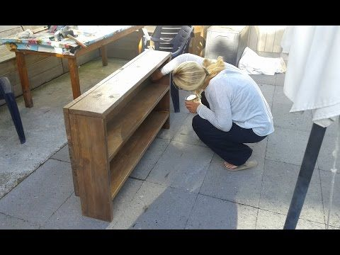 Nicole bouwt een sidetable (kastje) voor naast de nieuwe bank - YouTube