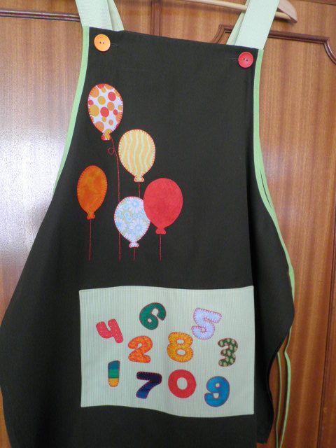 Verde oscuro con globos y números