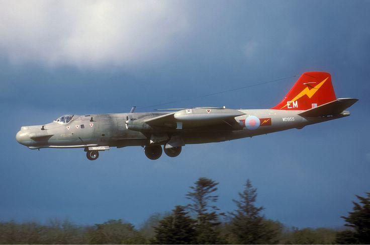 RAF English Electric Canberra T17A
