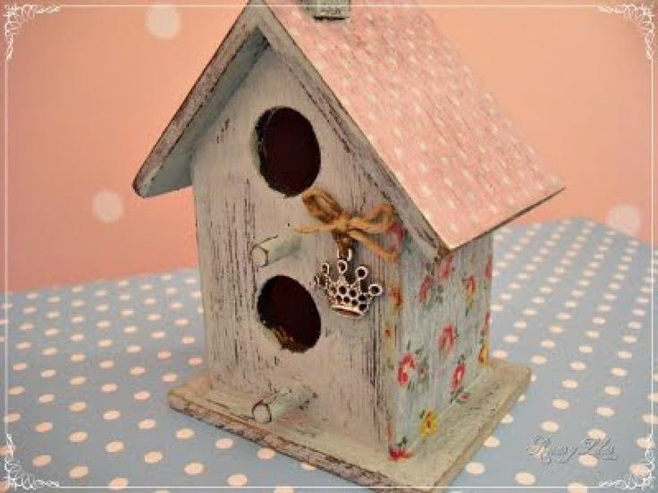 Material para nuestras manualidades es facil pajareras - Casas para pajaros ...