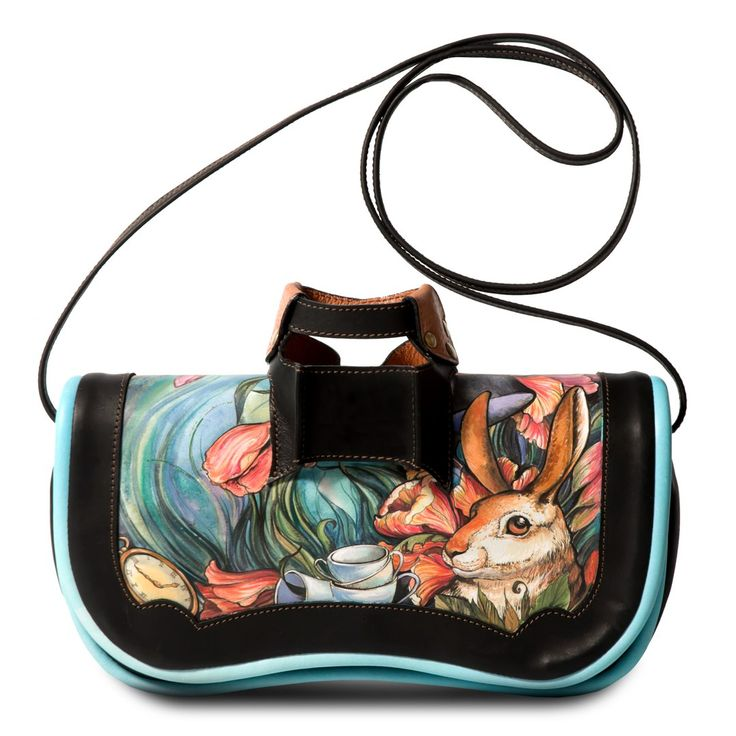 Bag by Ante Kovac. http://www.antekovac.ru/brand/collection/dlya-nee/skazki/  #antekovac #fashion #style #bag #handbag #handmade #leatherbag #aliceinwonderland #alice #fairy #art