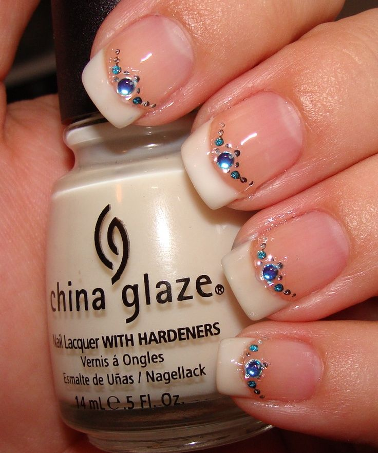 Simple And Easy Blue Diamond Nails 54