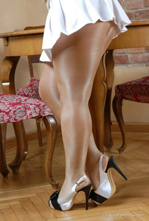 Thick calves pantyhose
