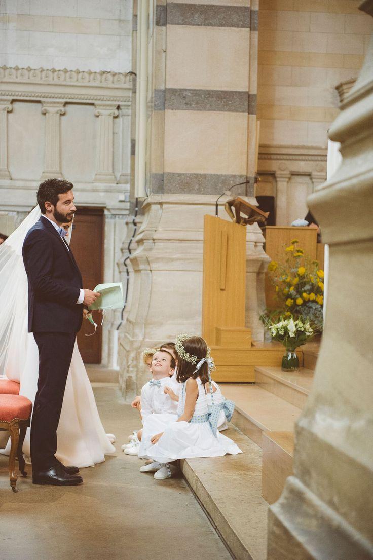Décoration coordonnée mariage pop . Accessoires enfants d'honneur , ceinture, noeud, noeud papillon , couronne, lacets de chaussures, ruban