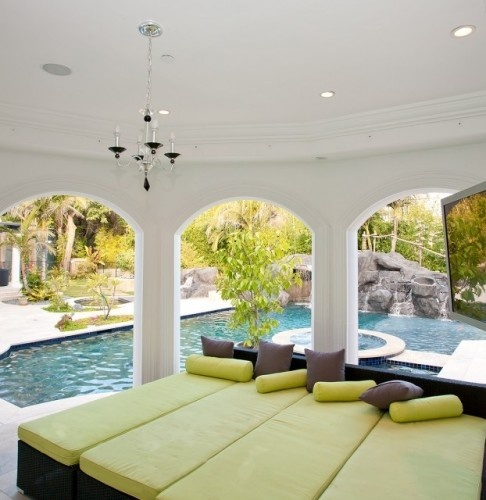 like the idea of an L-shaped pool to make use of space on side of house