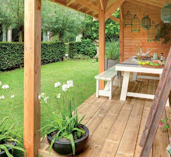Bygg en trivelig hagestue som et koselig samlingssted for familie og venner.
