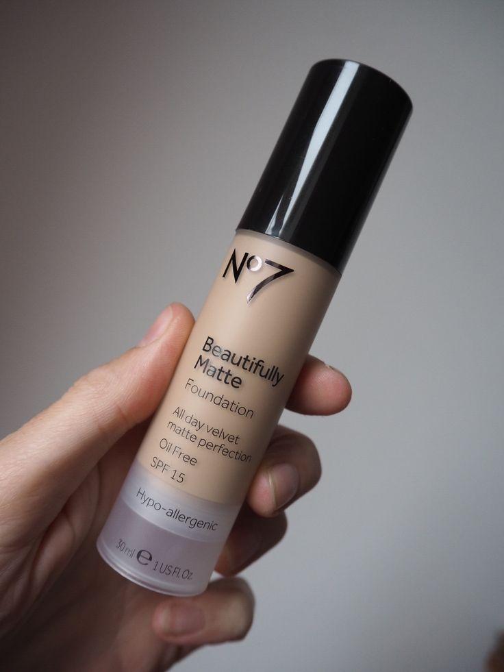 No7 beautifully matte foundation blog review