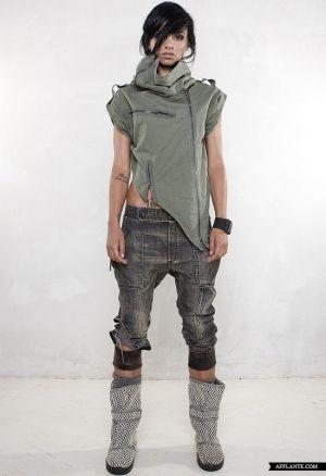 dystopian fashion, post-apocalyptic fashion, fashion girl by FuturisticNews.com