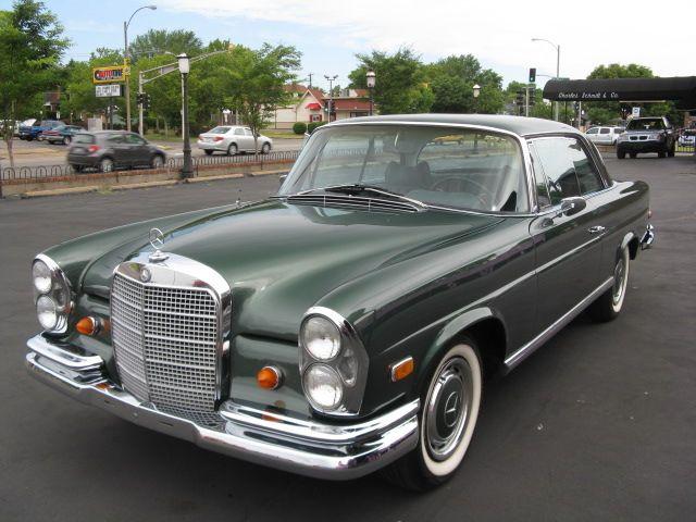 1969 Mercedes-Benz 280SE Opera Coupe