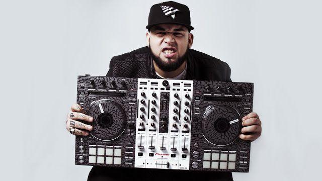 """DJ Tainy Loops Artista de la compañía """"Cartel Boyz"""" sello discográfico del Icono Mundial de la música Daddy Yankee @TainyMusic   TainyLoops fue criado y formado musicalmente en Puerto Rico y en Brooklyn NY. Con mas de 13 años de experiencia artística y recorriendo muchas ciudades del mundo se ha posicionado como uno de los DJs del genero urbano mas versátil y con mayor proyección en los tiempos de hoy tanto es así que ya ha tocado en estadios mundialmente conocidos como: """"Luna Park"""" en…"""