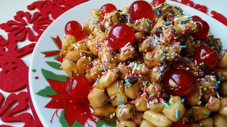 Strufoli (o struffoli) dolce natalizio