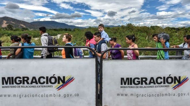 Diario En Directo: Colombia suspende la emisión de tarjetas de movili...